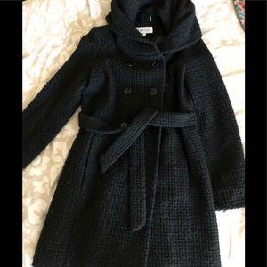 Wool/acrylic black beautiful belted coat